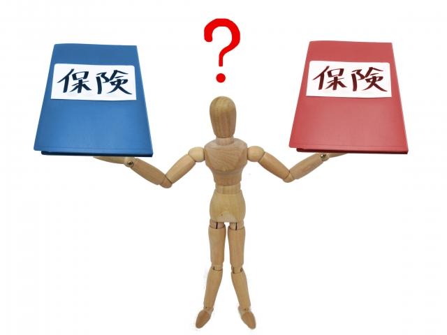 【自動車保険】自賠責保険と任意保険の違いとは?加入率や内容を比較