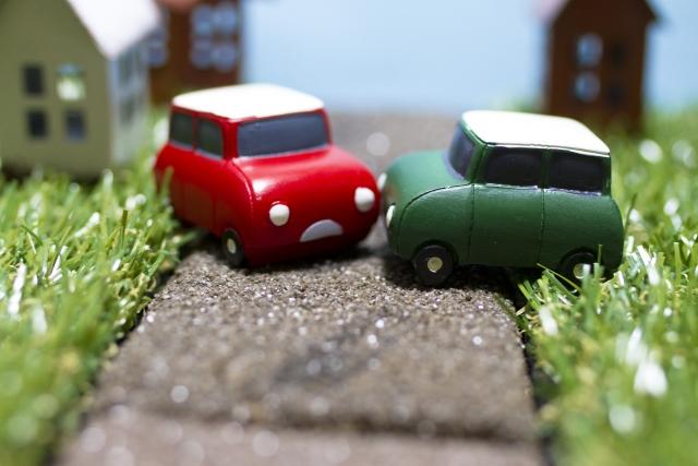 【自動車保険】対物賠償の補償範囲は?保険金額や免責額はいくらが良い?