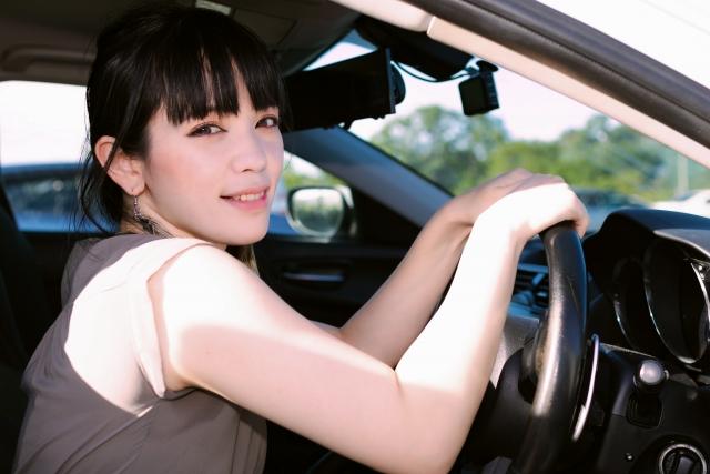 【自動車保険】代車費用特約は必要?代車で事故を起こした場合は?