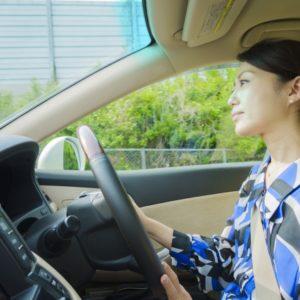 【自動車保険】レジャー・通勤・業務使用の定義や保険料を比較!