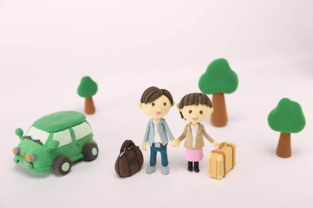 【配偶者】夫婦で自動車保険に入る場合の割引制度やおすすめの方法