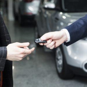 自動車保険の加入手続きは納車前でも可能?車検証がまだ無い場合は?